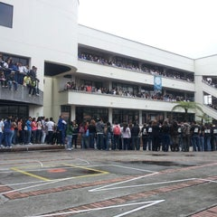 Photo taken at Universidad Católica De Manizales - UCM by Ronald B. on 10/4/2013