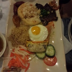 Photo taken at Lotus Vietnamese Cuisine by Thong L. on 2/17/2014