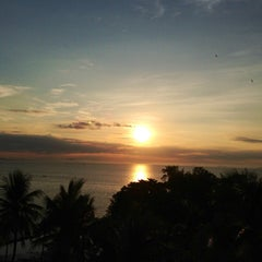 Photo taken at ระยอง รีสอร์ท (Rayong Resort) by Jodai J. on 5/5/2013