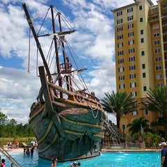 Photo taken at Lake Buena Vista Resort Village & Spa by Mauricio O. on 4/6/2015