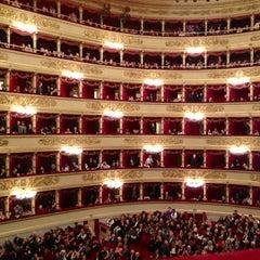 Photo taken at Teatro alla Scala by Mombu K. on 11/4/2012