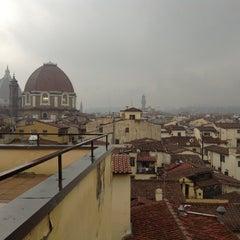 Foto scattata a Hotel Machiavelli Palace Florence da Lyudmila P. il 12/26/2012