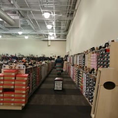 Photo taken at DSW Designer Shoe Warehouse by Samuel O. on 4/3/2014