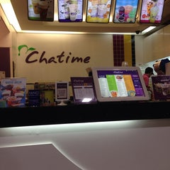 Photo taken at Chatime by Viabelle R. on 11/5/2014