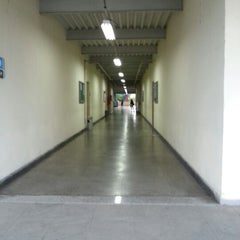 Photo taken at Universidade Moacyr Sreder Bastos (UniMsb) by Eder C. on 11/6/2012