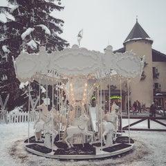 Photo taken at Au Coeur de Megève by Penny L. on 1/24/2015