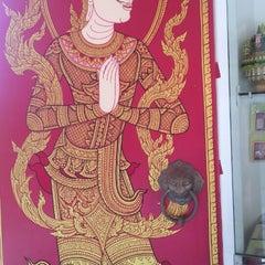 Photo taken at วัดหลวง (Wat Luang) by Benjawan P. on 3/31/2015