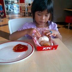 Photo taken at KFC by Rizki O. on 12/14/2012