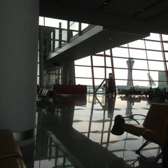 Photo taken at Gate E23 by Ed S. on 9/1/2013