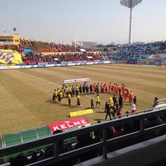 Photo taken at 광양축구전용구장 (Gwangyang Football Stadium) by WS L. on 3/8/2015
