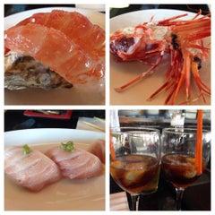 Photo taken at Momotaro Japanese Restaurant by Nadim B. on 8/17/2015
