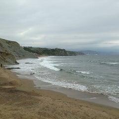 Photo taken at Playa Atxabiribil / Arrietara Hondartza by Emilio P. on 5/27/2013