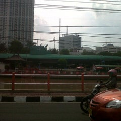 Photo taken at Monumen Kapal Selam by Rizal K. on 2/13/2013