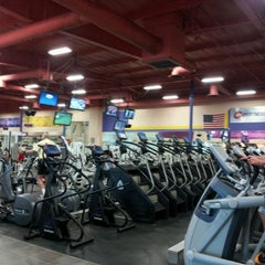 Photo taken at 24 Hour Fitness by James H. on 12/3/2011