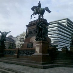 Photo taken at Plaza Libertador General San Martín by Rodolfo Javier T. on 12/16/2011