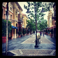 Photo taken at Las Rozas Village: Chic Outlet Shopping by Mauro F. on 6/8/2012
