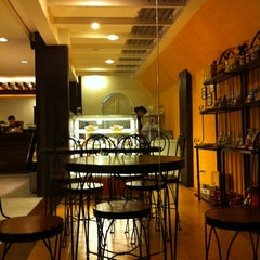 Photo taken at Cab Cafe by Pia d. on 1/30/2011