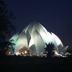 Photo taken at Lotus Temple (Bahá'í House of Worship) by F. L. on 11/2/2011