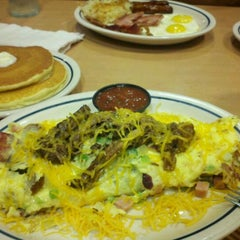 Photo taken at IHOP by Stephanie Y. on 8/26/2011