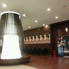 Photo taken at House (เฮ้าส์) by Panakrit U. on 12/5/2011