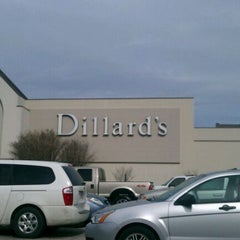 Photo taken at Rolling Oaks Mall by Robert H. on 1/12/2012