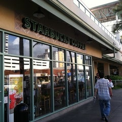 Photo taken at Starbucks by DrWhooves S. on 7/30/2011