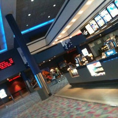 Photo taken at Showcase Cinemas by Leticia T. on 3/13/2012