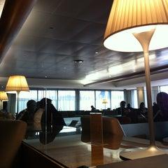 Photo taken at Qantas Club Lounge by Amanda L. on 8/24/2012