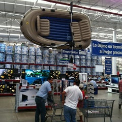 Photo taken at Sam's Club by Uc M. on 4/13/2012