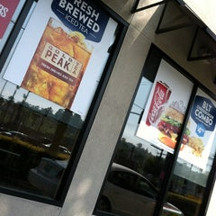 Photo taken at Jack in the Box by Vani on 2/26/2012