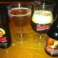Photo taken at The Ponsonby Belgian Beer Cafe by Rhys W. on 7/16/2012