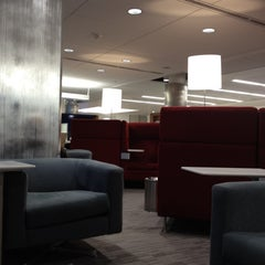 Photo taken at Delta Sky Club by Lawrence on 2/18/2012