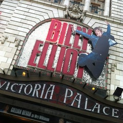 Photo taken at Victoria Palace Theatre by benoit d. on 7/11/2012