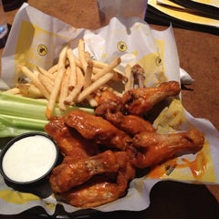 Photo taken at Buffalo Wild Wings by Jared J. on 7/10/2012