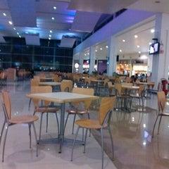 Foto tomada en Plaza Telmex Ciudad Jardín por Sam Jvn E. el 11/9/2012