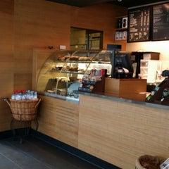 Photo taken at Starbucks by Khalid H. on 5/24/2014
