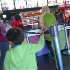 Photo taken at KFC by Ufik M. on 9/14/2014