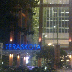 Photo taken at Teraskota by Fitria I. on 11/28/2012
