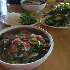 Photo taken at Oodles of Noodles Vietnamese Cuisine by Tammy S. on 7/8/2013