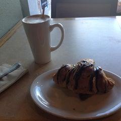 Photo taken at Bardo Coffee House by Juan C. on 11/13/2012