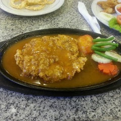Photo taken at Cazasuki Italian Steak House by Bertha Riang P. on 3/26/2013
