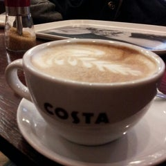 Photo taken at Costa Coffee by м.w on 12/18/2012