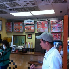 Photo taken at Junior Colombian Burger by Kevin D. on 11/9/2012
