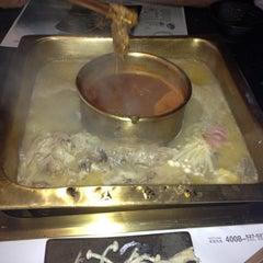 Photo taken at 眉州东坡酒楼 Meizhou Dongpo Restaurant by Kalmykova A. on 6/10/2013