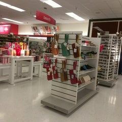 Photo taken at T.J. Maxx by Ronalyne L. on 2/26/2013