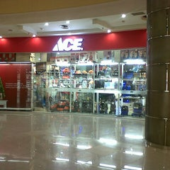 Photo taken at ACE Hardware by Heri A. on 11/27/2012