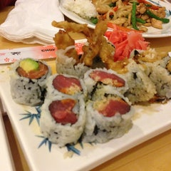 Photo taken at Yoyogi Sushi by ChefTony M. on 2/26/2013