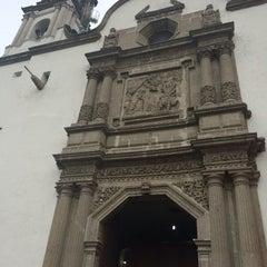 Photo taken at La Parroquia De San Gabriel Arcángel by Omar V. on 4/22/2016
