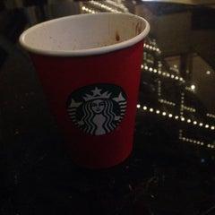 Photo taken at Starbucks by Tarif F T. on 1/10/2016