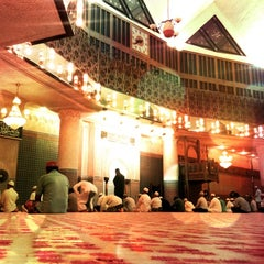 Photo taken at Masjid Negara (National Mosque) by Deano Erawan A. on 8/1/2012